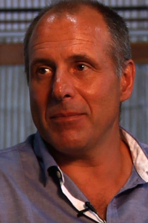 Simon Crane